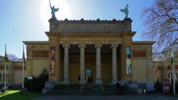 Museum voor Schone Kunsten (MSK), via stad