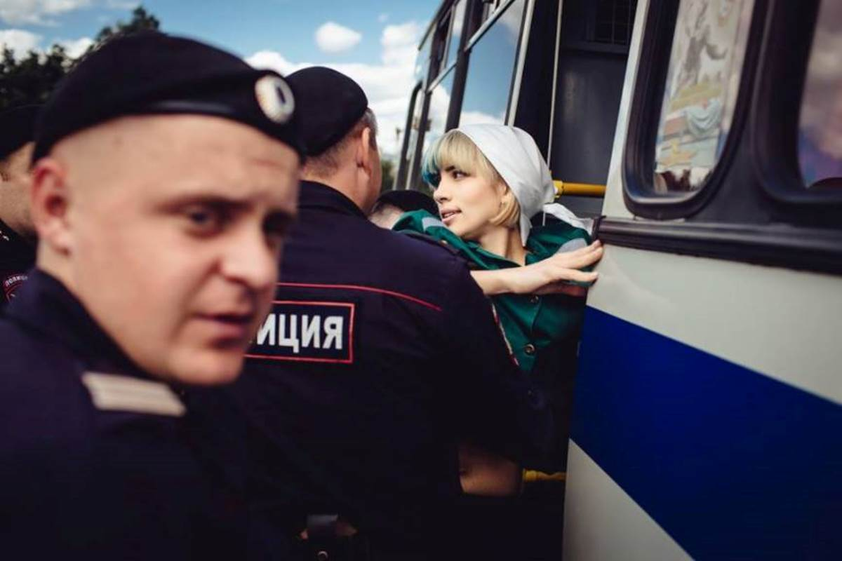 Why Was Pussy Riot Founding Member Nadezhda Tolokonnikova Detained in Moscow? Russian prison june