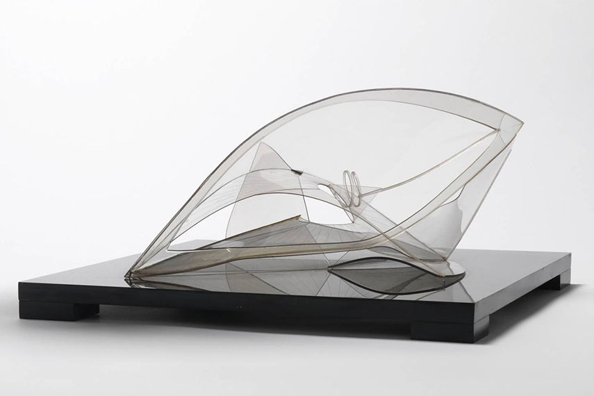 Naum and Antoine Pevsner were well-known in Paris for their kinetic sculptures in the form of head.