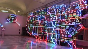 What is the link between art and technology in 2020 and what it will be in the future?