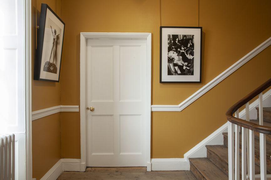 Newlands House Gallery, Helmut Newton 100, Corridor