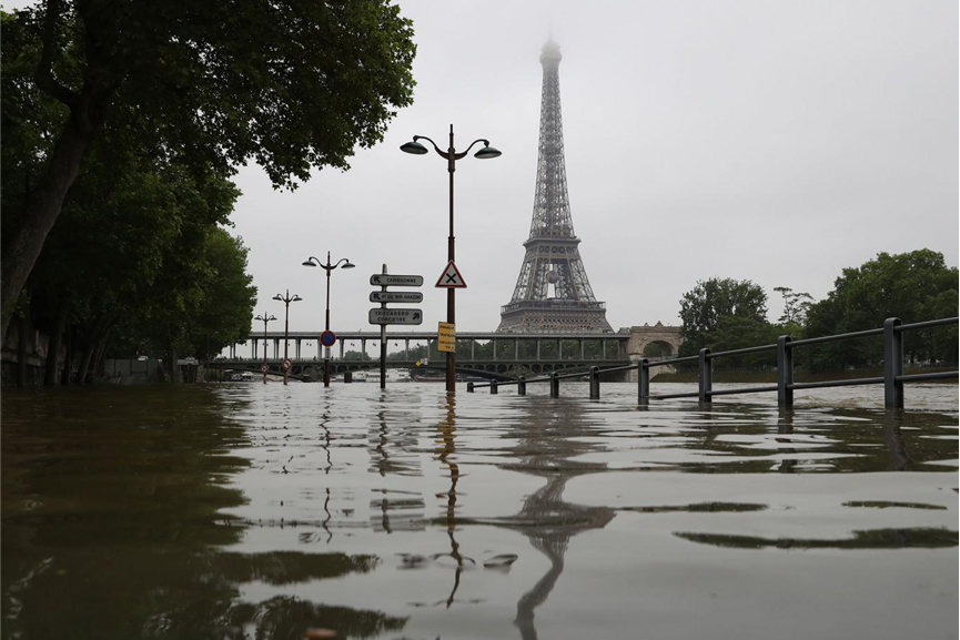 Paris flooding 2016 Image via Independent co uk