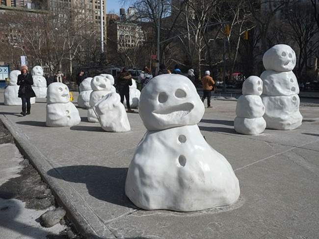 Peter Regli - Snow Monsters (Reality Hacking No. 320), 2015, Flatiron Plaza, New York, USA, installation view