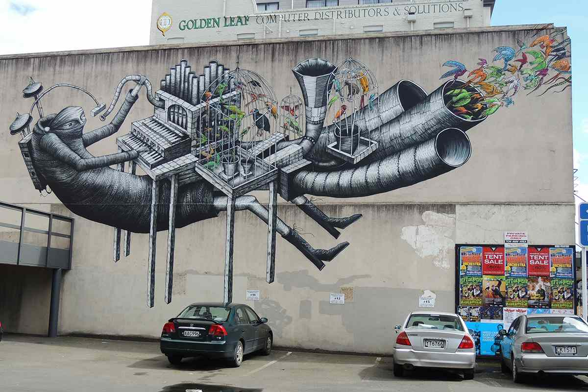 urban art bird mural