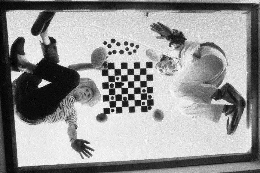 Duchamp and Dali playing chess