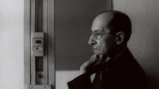 Piet-Mondrian - Composition red canvas museum