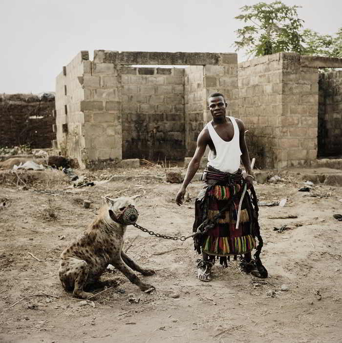 Pieter Hugo-Jatto with Mainasara, Ogere-Remo, Nigeria from Hyena and Other Men-2007