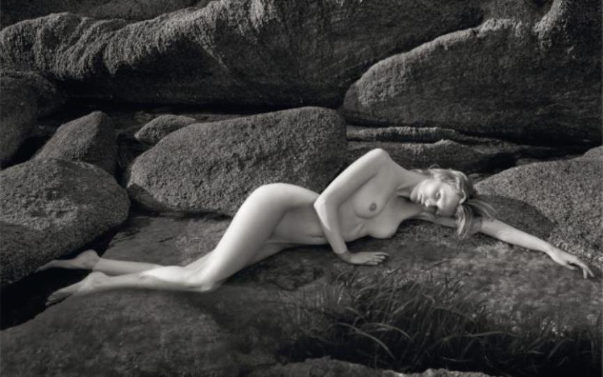 Classy Nudity? Pirelli Calendar and Retrospective Coming Up!