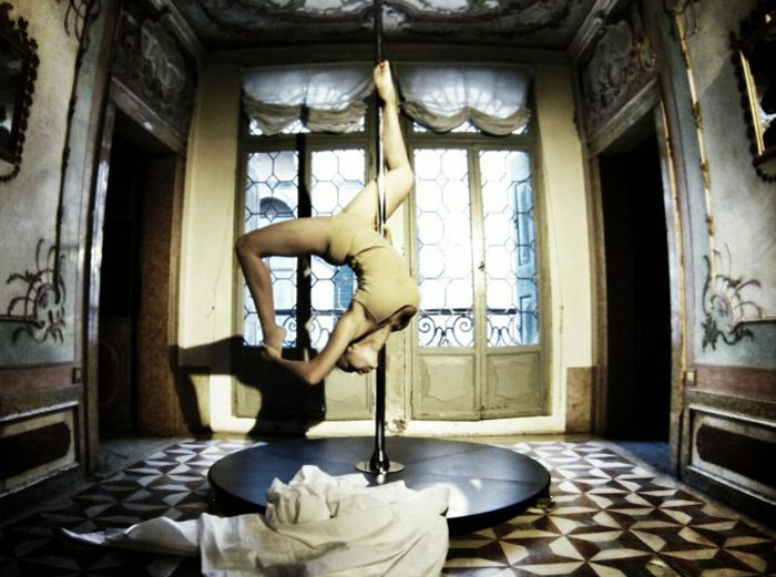 Prune Nourry - Genesis, 2013, pole dance performance by Katsuni at Caisno Venier, Venice, photo credit JR, curated