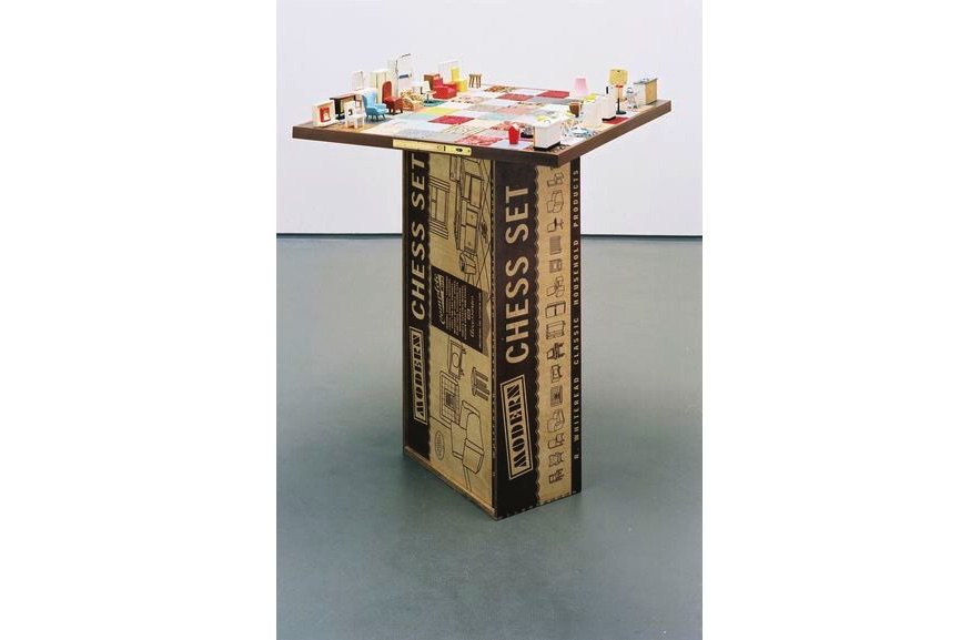 Rachel Whiteread - Modern Chess Set, 2005, inspired by one of the most popular games in the world
