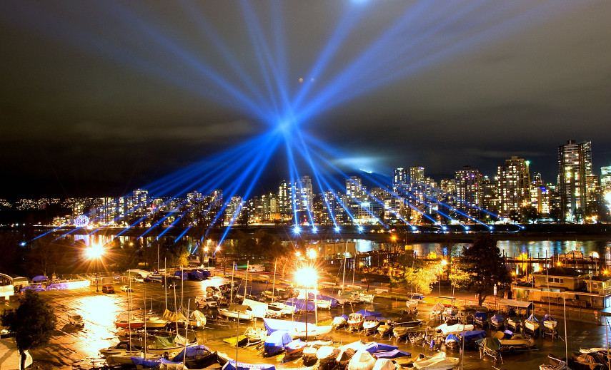Rafael Lozano-Hemmer -Vectorial Elevation in Vancouver, 2010 - 2016 works performance project