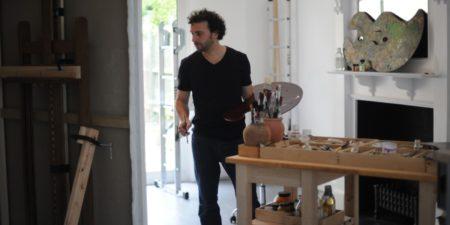 Ralph Heimans - Artist in his studio - Photo Credits Jewish News