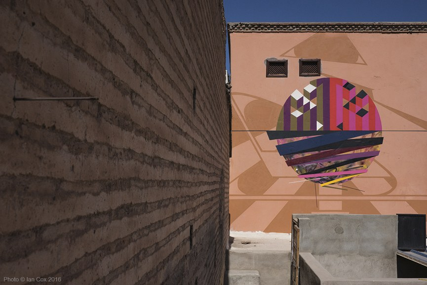 Remi Rough, LX.One and Yesbee collaborative mural Marrakesh_Photo_©_Ian_Cox_2016