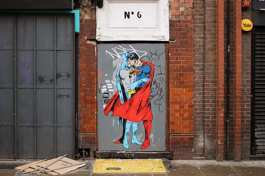 Superman Batman kiss