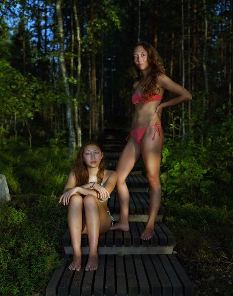 Rineke Dijkstra - Sophie and Alice