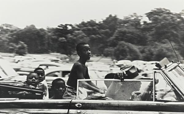 Robert Frank-Belle Isle - Detroit-1955