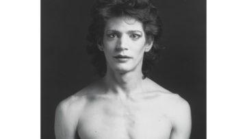 Robert Mapplethrope - Self Portrait