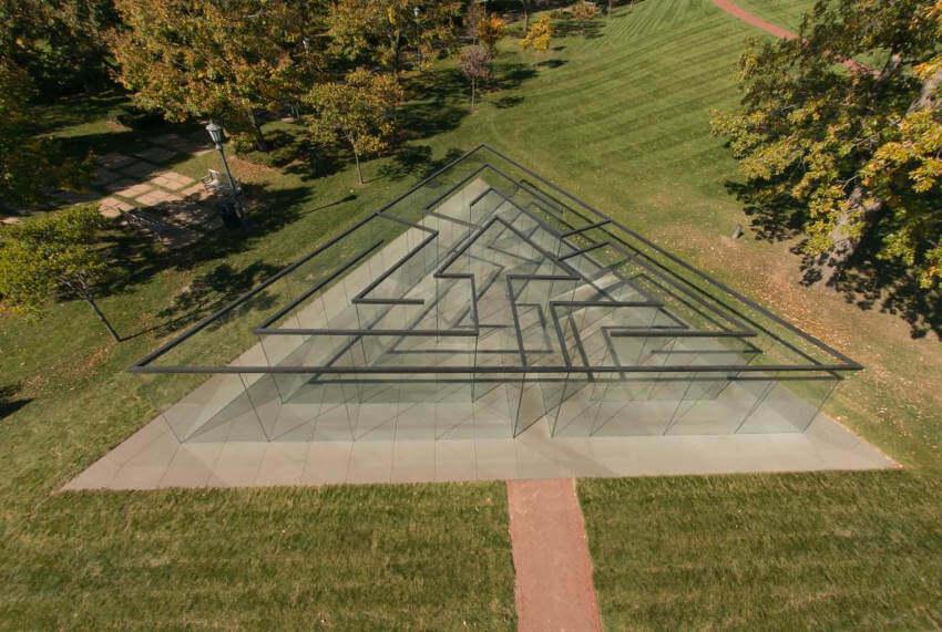 Robert Morris - Glass Labyrinth, 2013