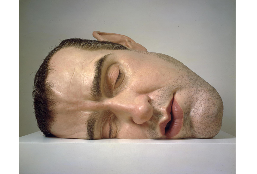 Ron Mueck - Mask II at home in the gallery