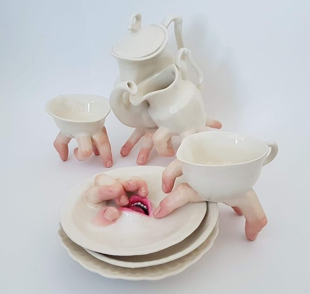 Ronit Baranga - Hybrid Tea Cup Set Embraced; visit the xpost location of kolner liste in köln