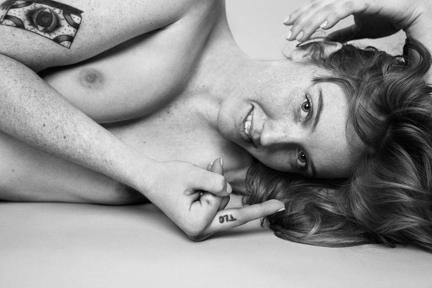 Ryan McGinley - Jessica (TLC), 2011