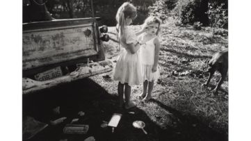 Sally Mann - Gorjus, 1989, photographer's children in Virginia