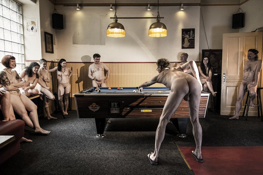 Nude Acts Corner Pub Berlin Cell63