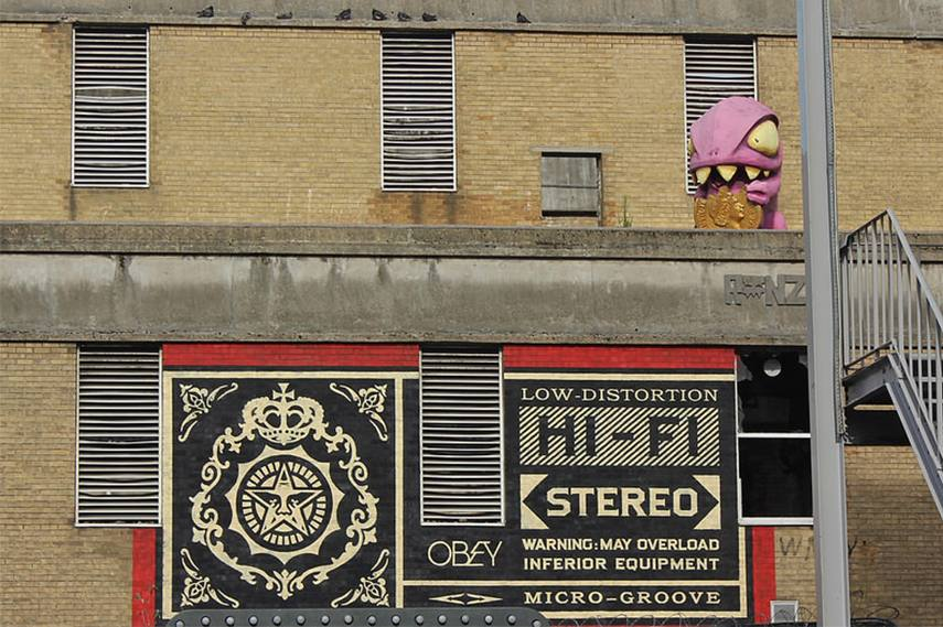 Shepard Fairey, Grey Eagle Street, E1 With a cameo from Ronzo's Credit Crunch Monster in the top right corner tour new tours great