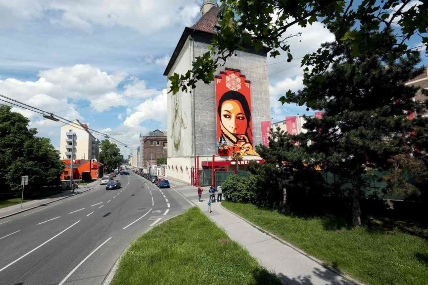ShepardFairey, Faith47 in Vienna, 2013, Katharina Stoegmueller. Galerie Ernst Hilger