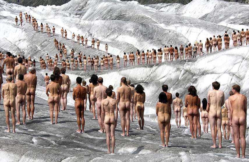 Spencer Tunick - Aletsch Glacier, 2007 artist exhibition link section sign march pose 2010