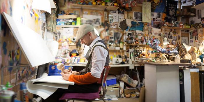 Stephen Ives in his studio, photo credits - artist
