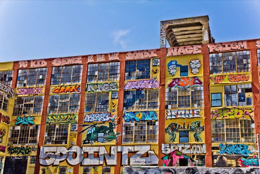 Street Artists Tags at 5 Pointz - Image via pinterestcom