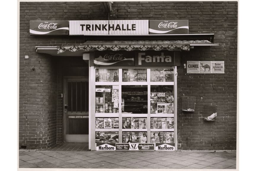 Tata Ronkholz - Kiosk, Neuss, Gladbacher Straße 69