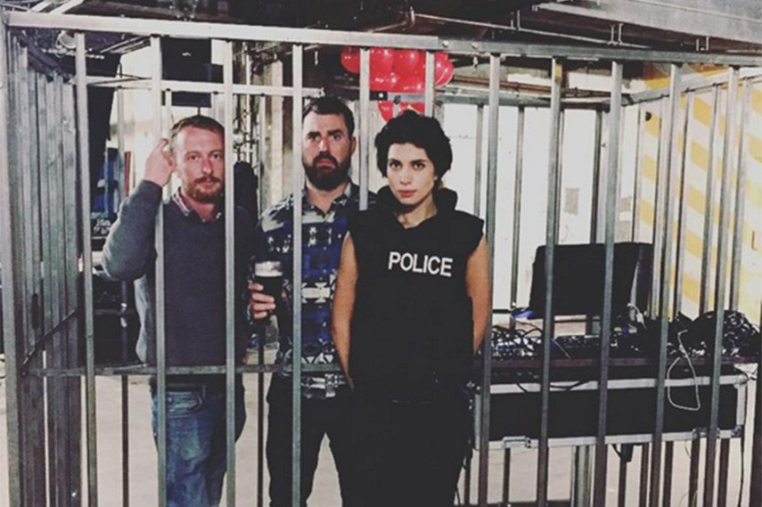 The Connor Brothers and Nadya Tolokonnikova from Pussy Riot 2015 contact world snelle