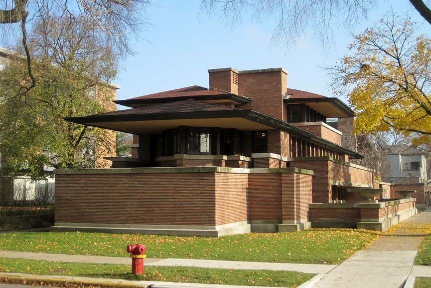 Frank Lloyd Wright - The Fredrick C. Robie House in Chicago, Illinois, Built between years 1909 and 1910, the greatest example of Prairie School style