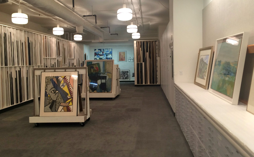 The Hallmark art vault, buy works which are on sale live on our website. buyers bid at affordable prices as they use company policy