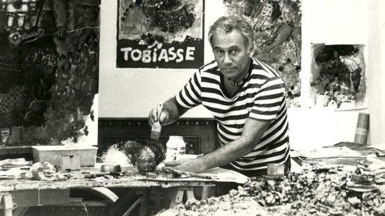 Theo Tobiasse in studio