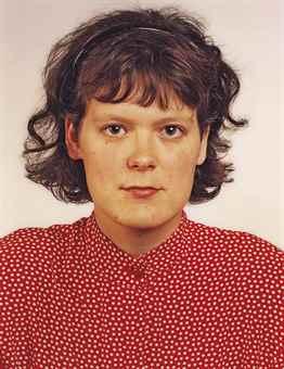 Thomas Ruff-Untitled (Portrat Elke Denda)-1987
