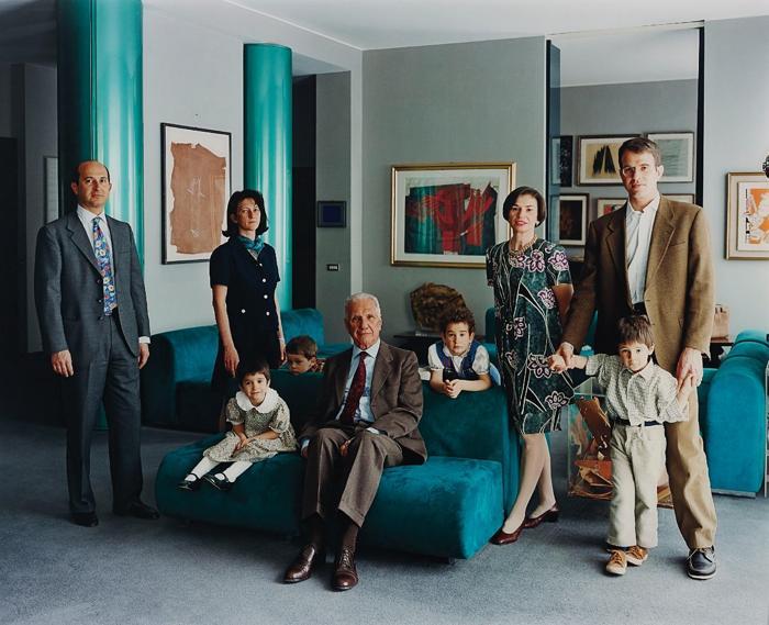 Thomas Struth-The Consolandi family 1, Mailand-1996