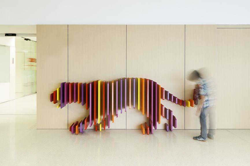 Tiger, Hospital Sant Joan de Déu, Barcelona © Rubio Arauna Studio, Rai Pinto Studio
