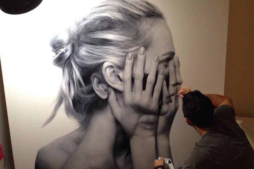 Tigran Tsitoghdzyan is one of the hyperrealism artists