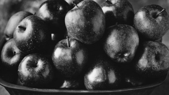 Tom Baril - Apples, 2003 (Detail) - Photo Credits Tom Baril