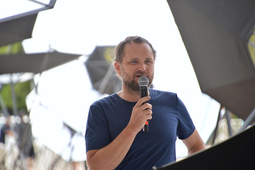 Tomas Saraceno