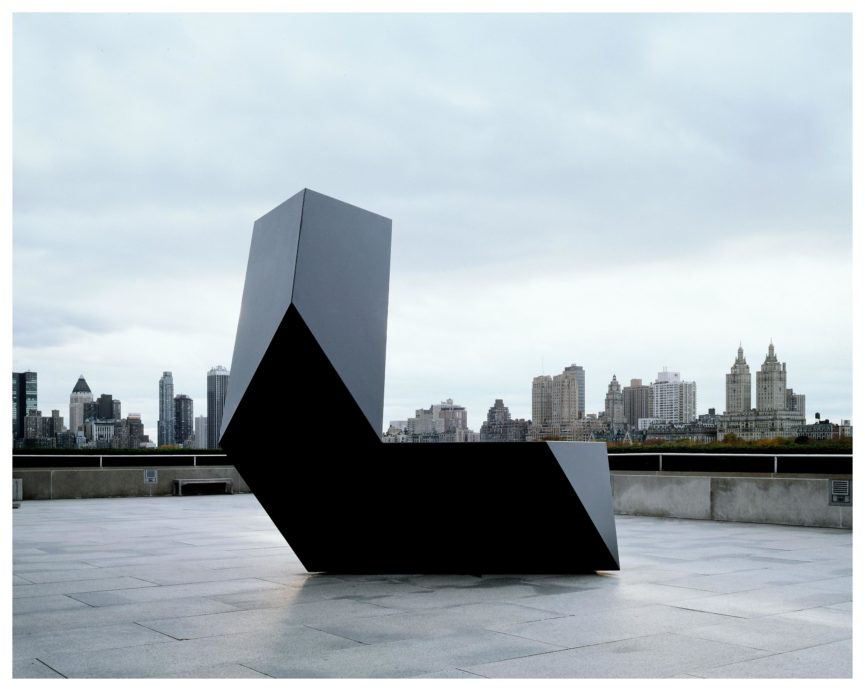 The inspiring simplicity of minimalism in art for Famous minimalist buildings