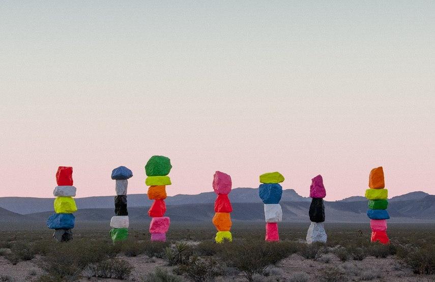 2014 human contact center in desert nature