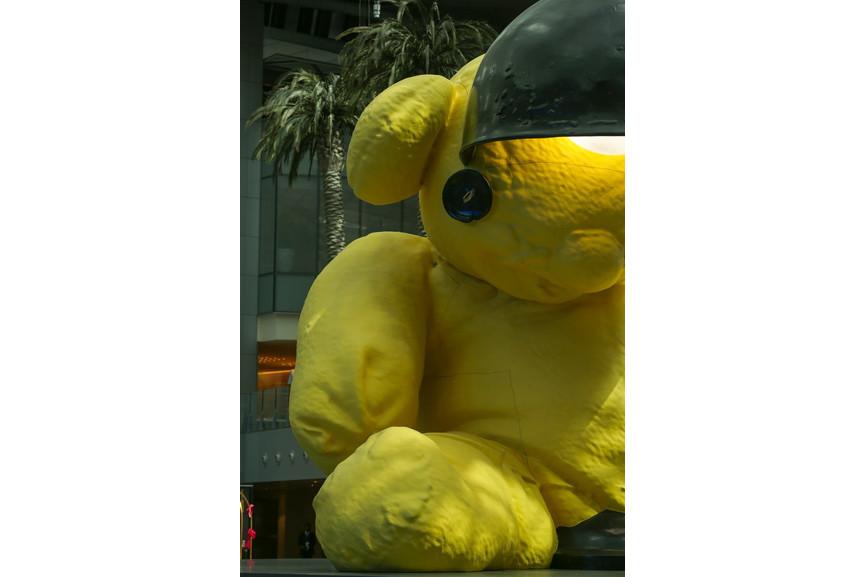 Urs Fischer - Lamp Bear
