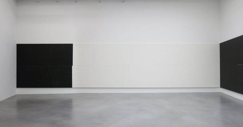 Wade Guyton had an exhibition at New York Whitney Museum of American history in 2012