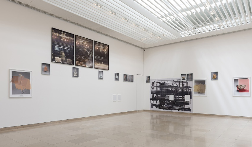 raad's solo exhibition 2014, installation view museums - times