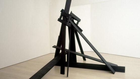 Yoshishige Saito sculpture