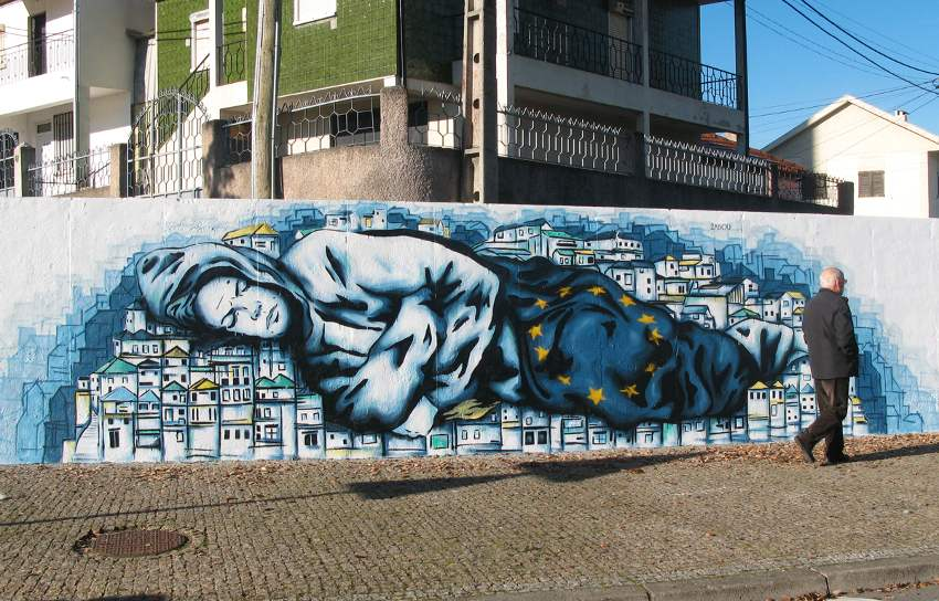 Zabou - Home Street Home, Braganca, Portugal, 2014 une life